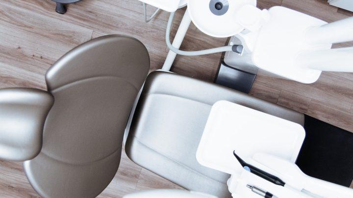 Vollsanierung der Zähne – Was gehört alles zum Umfang?
